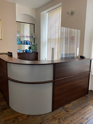 Parkhill dental reception desk