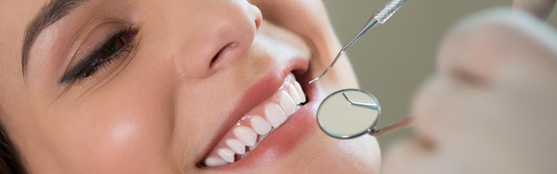 Woman with Gummy Smile having treatment
